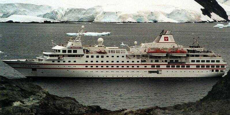 trois médecins à bord d'un navire de croisière en Antarctique témoignent – Réalités Biomédicales - Championnat d'Europe de Football 2020