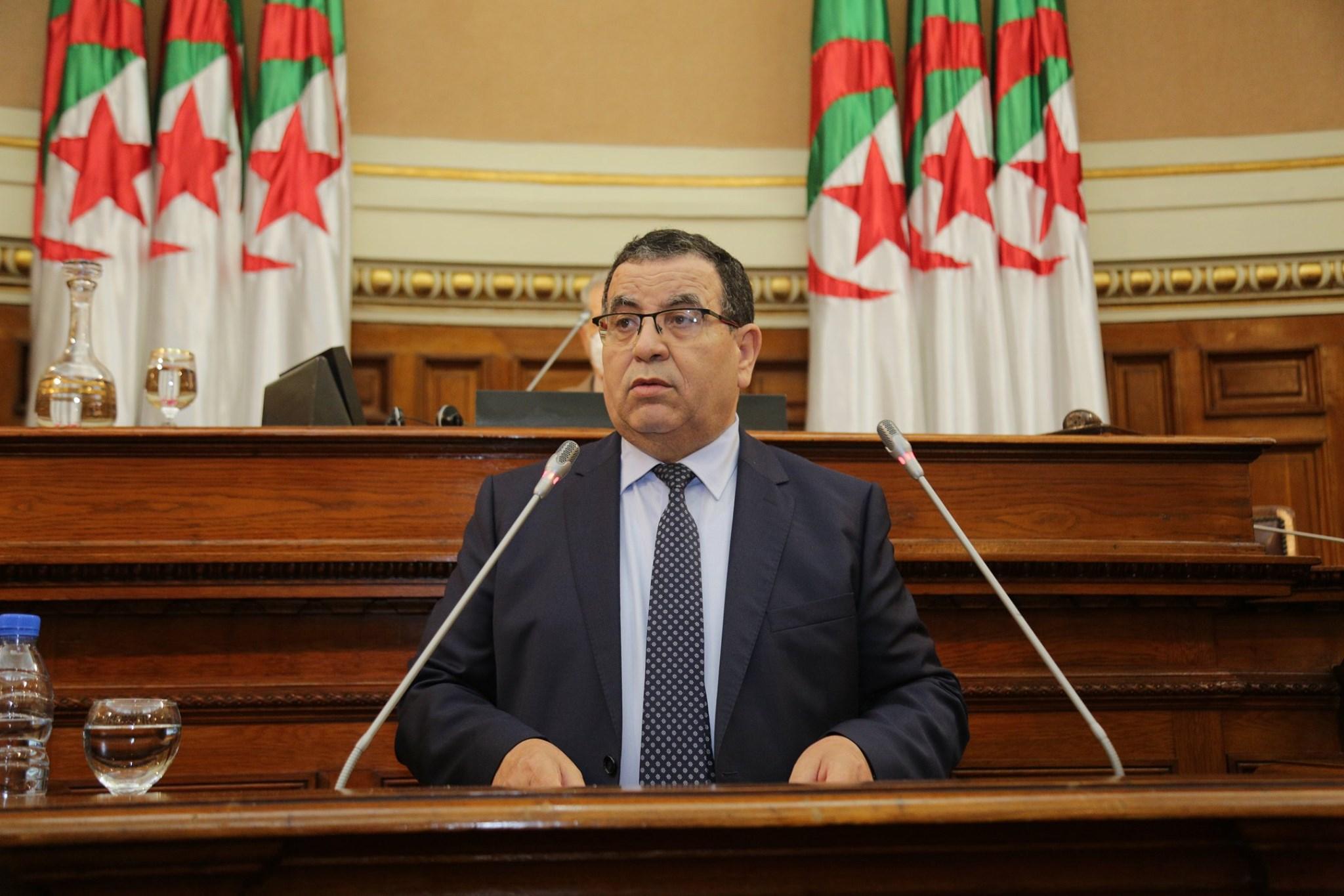 Pourquoi la France perd sur les deux tableaux en Algérie